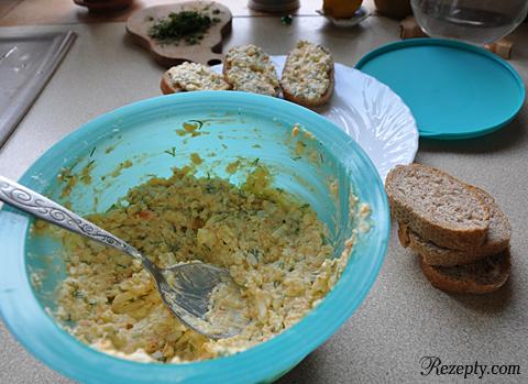 бутерброды с сырным салатом пошагово